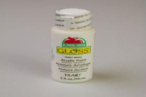Apple Barrel Gloss White Acrylic Paint (2 oz bottle)